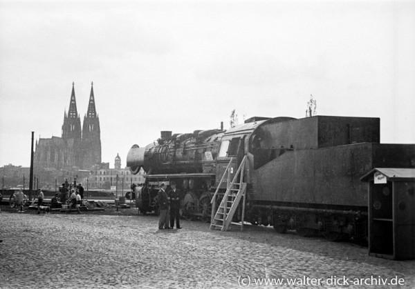 Reichsbahnlok bei der Fahrzeugschau 1947