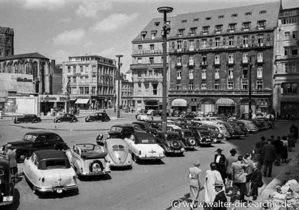 Zwischen Dom und St. Andreas 1948