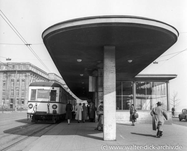 Endstation der Rheinuferbahn 1958