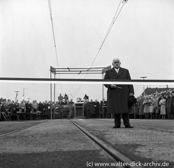 Karl Schüssler eröffnet die Kölner Severinsbrücke