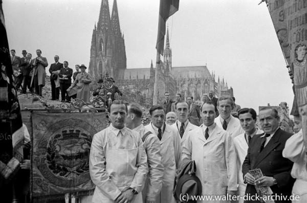 Grundsteinlegung zum Wiederaufbau des Rathausturmes