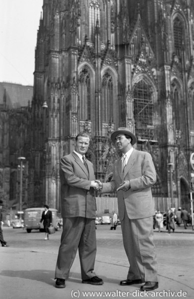 Max Schmeling mit Karel Sys 1960