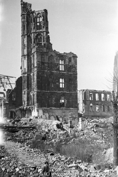 Ruine des Kölner Rathausturmes
