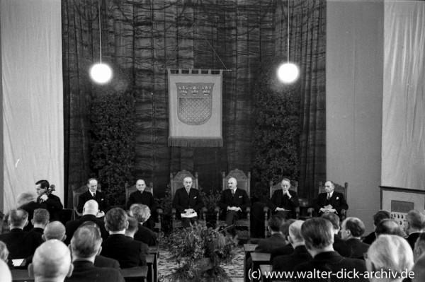 Einführung von Hermann Pünder als Oberbürgermeister