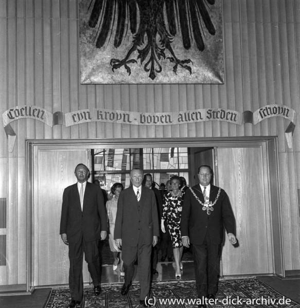 Empfang des Altkanzlers im Rathaus 1964