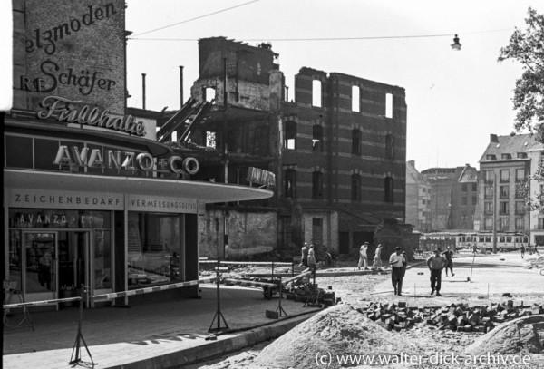 Straßenbau am Beginn der Hahnenstraße 1950