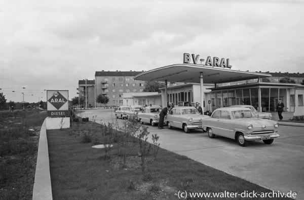 Eröffnung einer ARAL-Tankstelle