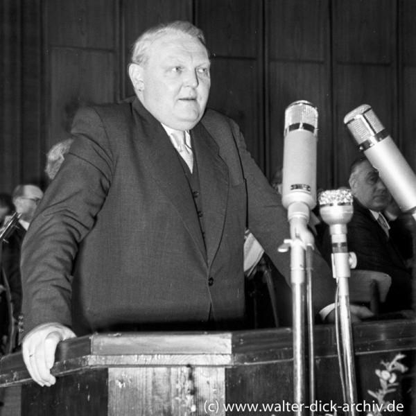 Photokina 1951 in Köln - Ansprache von Bundeswirtschaftsminister Ludwig Erhard