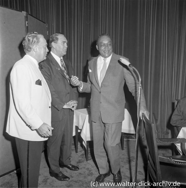 Willi Klein mit Max Schmeling und Larry Gains 1972