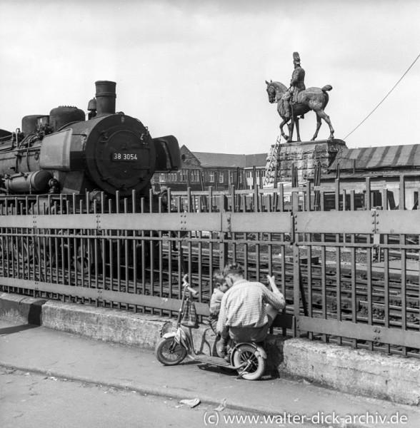Ausfahrt aus Köln Hbf-1955