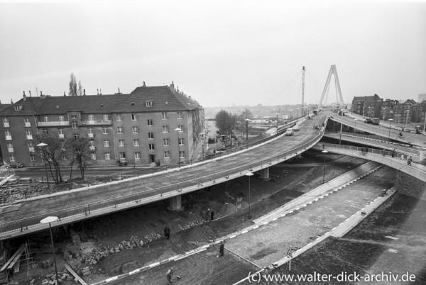 Rechtsrheinische Zufahrten zur neuen Kölner Severinsbrücke