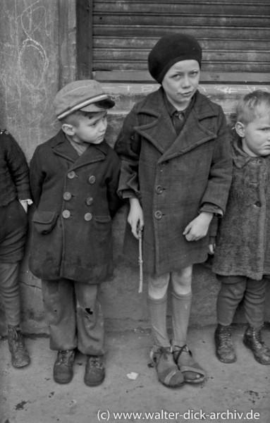 Angst und Skepsis bei Kindern in Köln