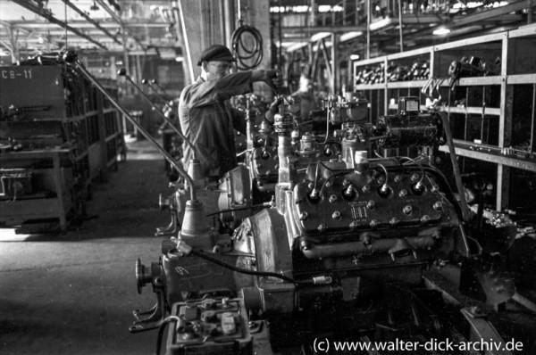 Motorenproduktion bei Ford Köln