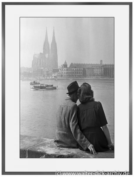 E26 - Verliebtes Paar 1946