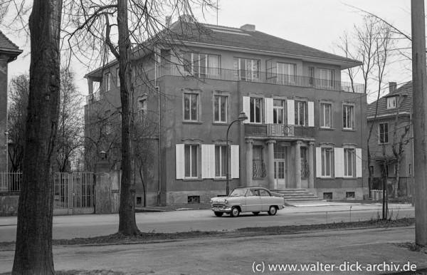Villa des Nazi-Bankiers Kurt Freiherr von Schröder in Köln-Lindenthal 1960