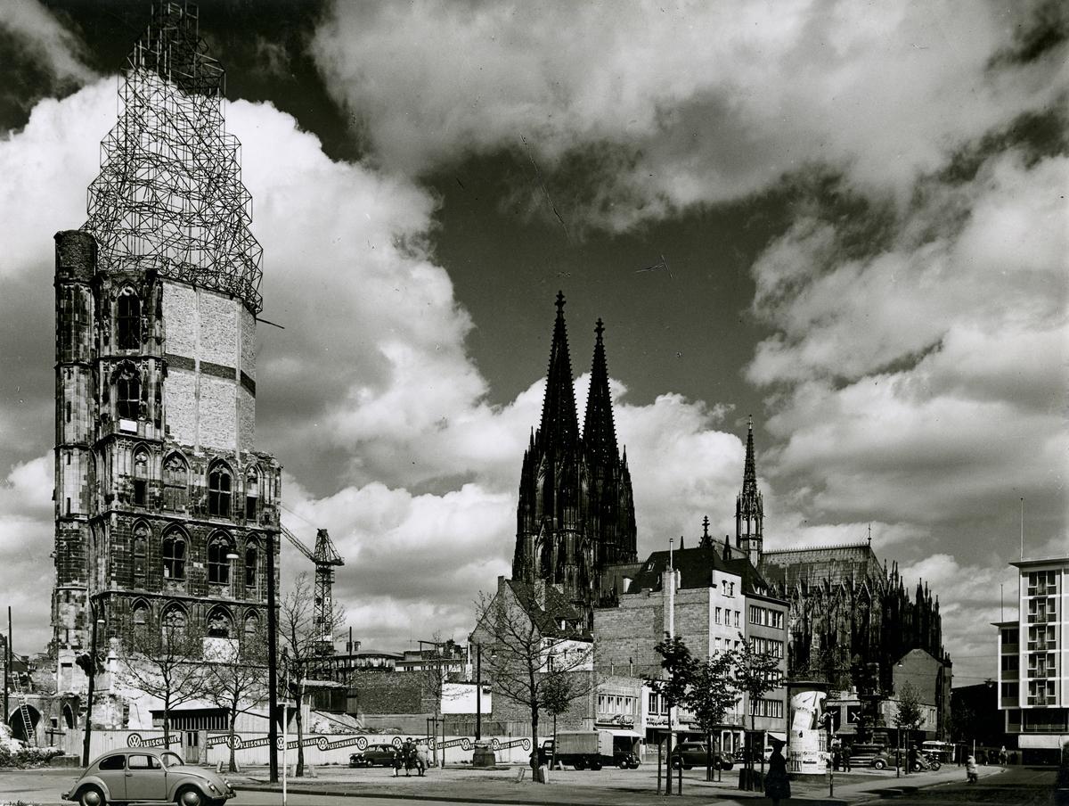 59726-Rathausturm-Koln