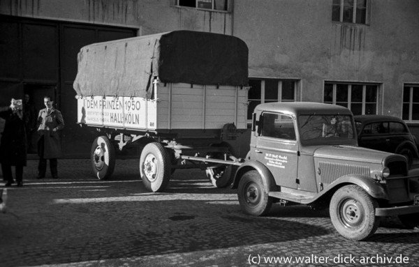 Bagagewagen für den Karneval