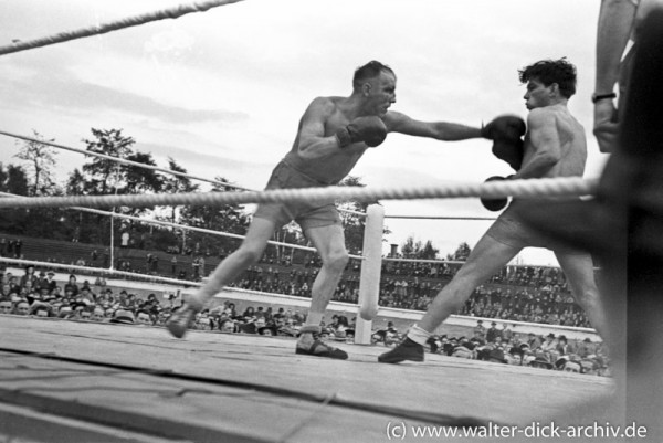 Boxkampf im Kölner Stadion 1948