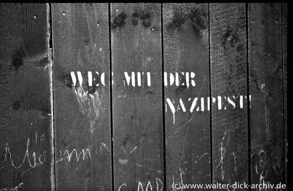 Weg mit der Nazipest