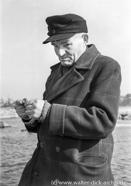 Zigarettendrehen 1950