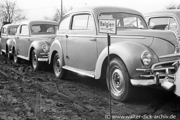 """Fertig für den Export-""""Buckeltaunus"""" von Ford Köln für Belgien"""