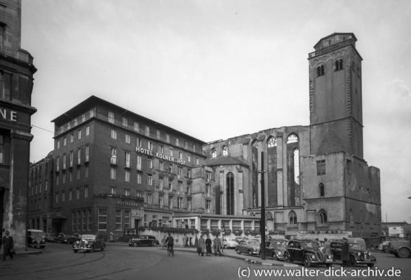 St. Maria Himmelfahrt und Hotel Kölner Hof
