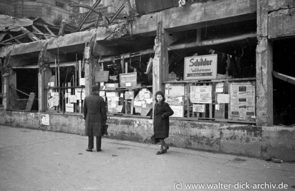 Tauschangebote und erste Reklame in Köln