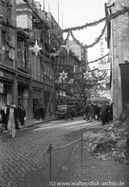 Weihnachtsschmuck in der Kriegszeit 1942