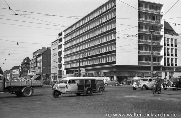 Geschäfts- und Bürohaus am Rudolfplatz