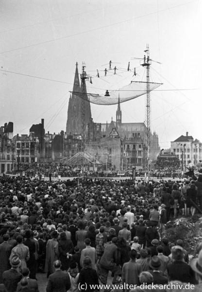 Hochseilartisten auf dem Heumarkt 1946