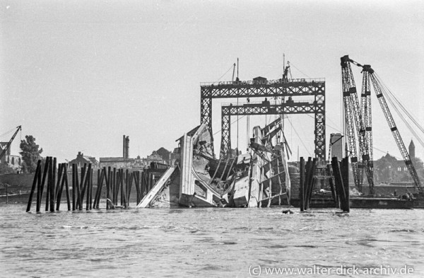 Bau der Deutzer Brücke