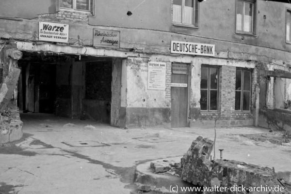 Provisorische Bankfiliale in Köln-Ehrenfeld 1946