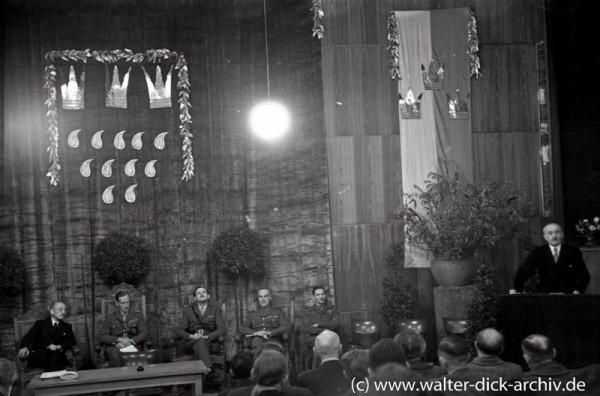 Wiedereröffnung der Universität 1945