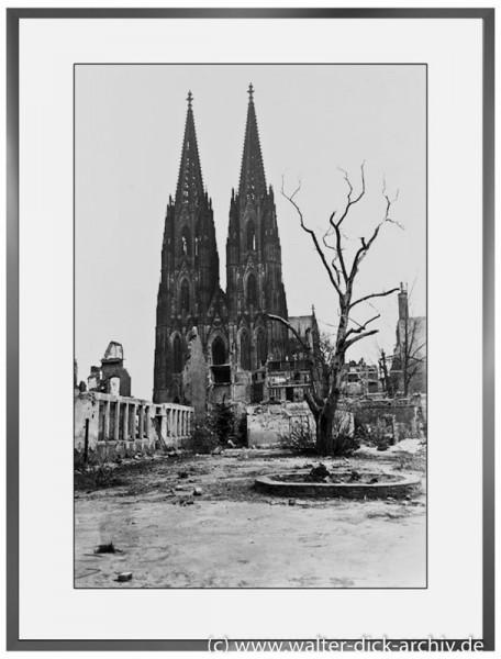 E10 - Verbrannte Erde 1945