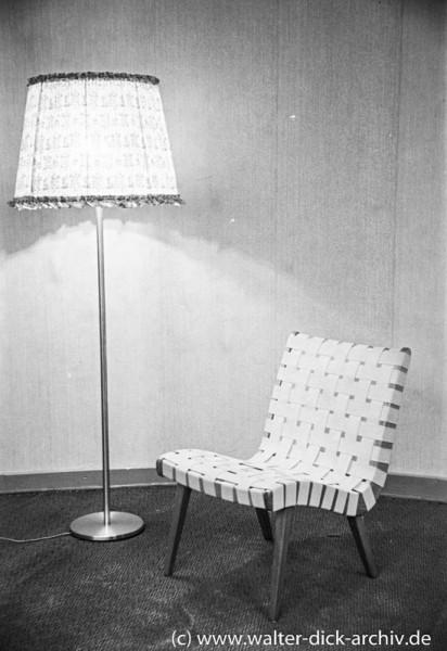 Kölner Werkbundausstellung 1949-Sessel und Stehlampe