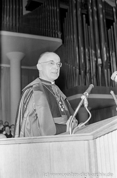 Kardinal Frings im Gürzenich 1955