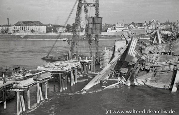 Trümmerräumung beim Bau der Deutzer Brücke