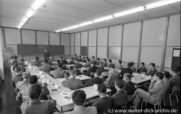 Jungingenieur-Meeting bei Ford in Köln