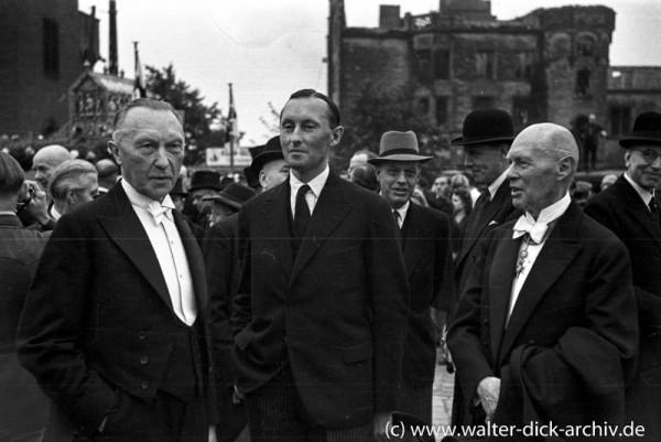 Konrad Adenauer mit seinem Sohn Max Adenauer
