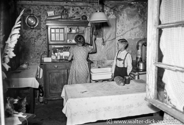 Wohnverhältnisse nach dem Krieg 1951