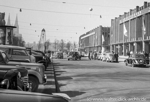 Rheinhallen der Kölner Messe 1951