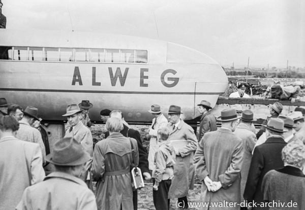 Versuchszug der ALWEG Bahn 1952